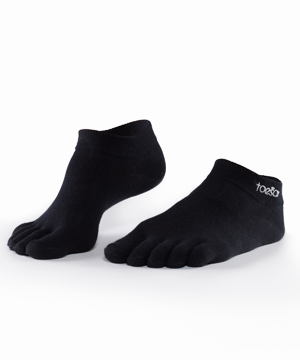 Toesox Sport Lightweight Ankle -Black